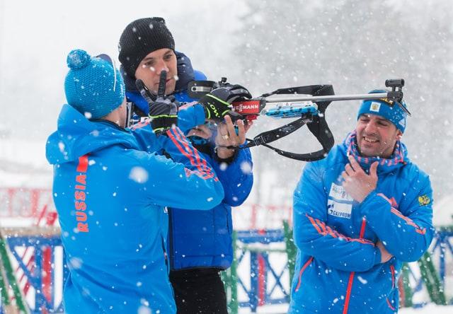 Артем Дзюба провел тренировку с российскими биатлонистами